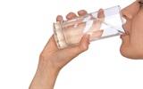 Uống nước theo 4 bước này, sẽ chẳng bao giờ bị táo bón hay tiểu đường