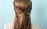 8 kiểu tóc thắt bím dễ làm giúp nàng thu hút ánh nhìn ngày Tết