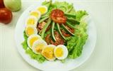 20 phút có ngay món salad rau củ trộn trứng