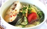 Mẹo nấu món canh cá không bị tanh và nát