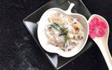 Hướng dẫn nấu chè đậu trắng nếp Thái bằng nồi cơm điện