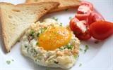 Cách làm bánh trứng đám mây cho bữa sáng nhẹ nhàng