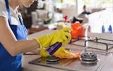 Cách làm sạch vết dầu mỡ trên bếp gas