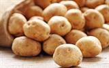 Bí quyết da trắng tóc dài với khoai tây
