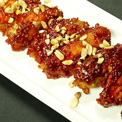 Cách làm cánh gà sốt cay ngọt kiểu Hàn Quốc