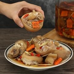 Khám phá các món ăn cổ truyền trong mâm cỗ ngày Tết miền Trung đặc biệt hấp dẫn