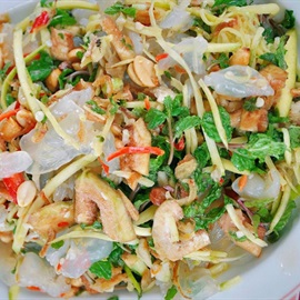 Nhộn nhịp mùa sứa biển với nhiều món ngon lành ngọt mát hạ nhiệt ngày nóng