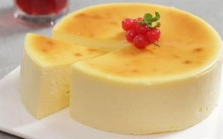 Cách làm bánh bông lan phô mai chỉ 4 bước đơn giản