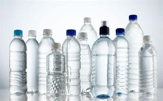 Bí quyết đọc ký hiệu dưới đáy chai nhựa để kiểm tra độ an toàn của đồ uống