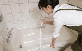 Mẹo vặt làm cho nhà tắm của bạn sạch bóng như khách sạn