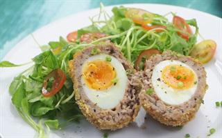 Cách làm Scotch Egg ngon miệng bắt mắt từ xứ Anh Quốc
