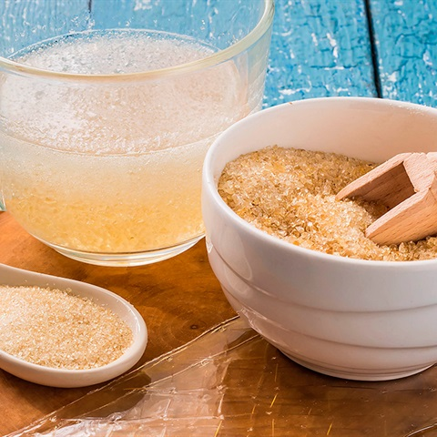 Gelatin là gì? Phân loại và cách sử dụng gelatin cho người mới học làm bánh