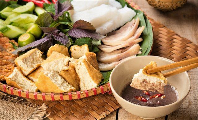 Làm bún đậu mắm tôm chuẩn món gia truyền của chú Út trong Gạo nếp gạo tẻ
