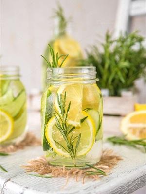 Các công thức nước Detox giảm cân thần thánh