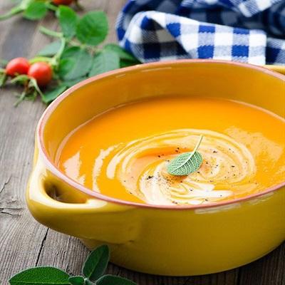 Tổng hợp cách nấu súp bí đỏ cho trẻ em và người già