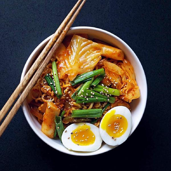 Bánh gạo Tteokbokki và những món ăn kèm