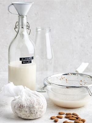 Tổng hợp cách nấu các loại sữa từ hạt nguyên chất tại nhà