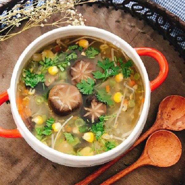 100 món canh dành cho bữa cơm gia đình Việt