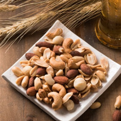 Tận dụng hạt điều trong Tết chế biến thành những món ăn bổ dưỡng