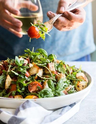 Các món salad tươi mát mùa xuân