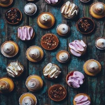 Bánh ngọt kiểu Tây