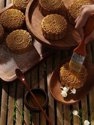 Các kiểu bánh Trung Thu nướng làm ngay tại nhà