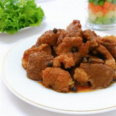 Thịt nạc kho tiêu