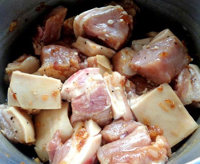 5 Bí Quyết Để Có Món Thịt Kho Tàu Thêm Thơm Ngon Hoàn Hảo   Cooky.vn