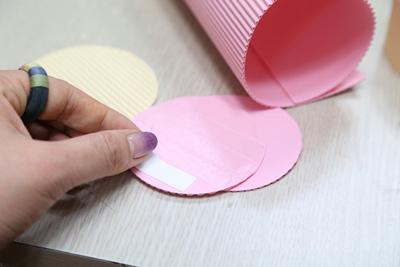cắt giấy