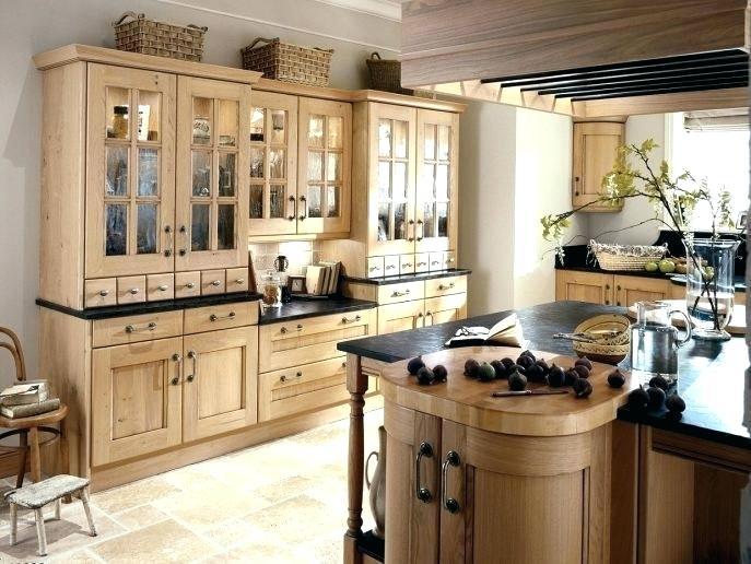 thiết kế nhà bếp kiểu âu