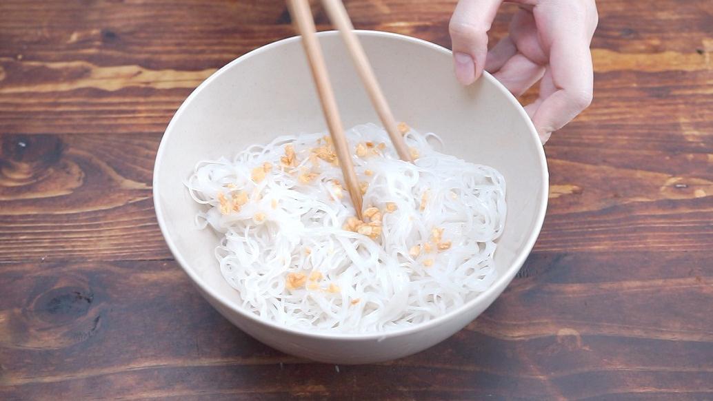 Tuyệt chiêu nấu hủ tiếu Nam Vang ngon Cooky 10
