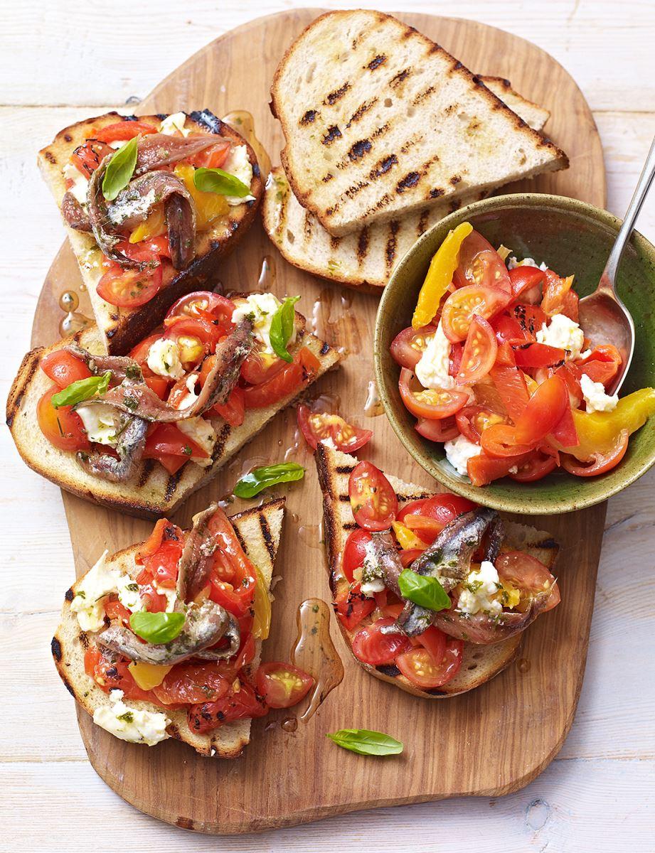 lớp học bánh mì bánh mì cá ngừ cà chua