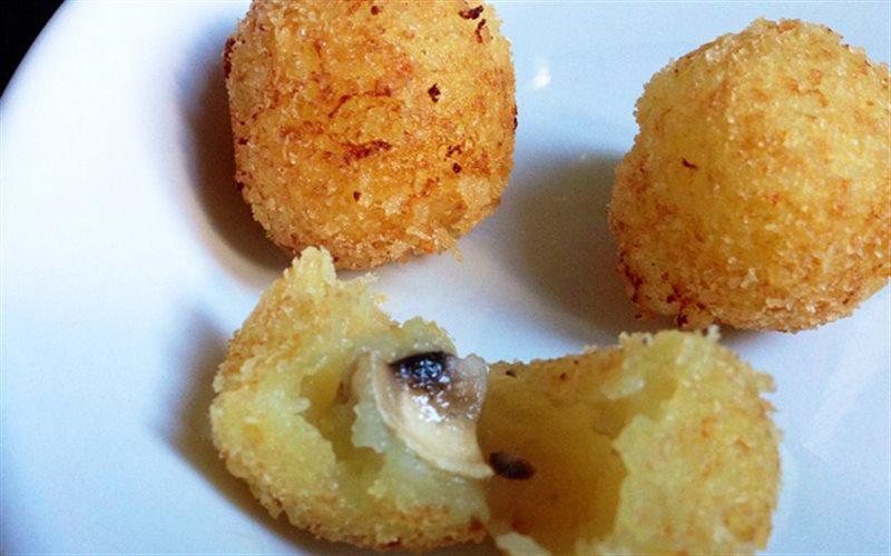 Cách làm khoai tây viên nấm