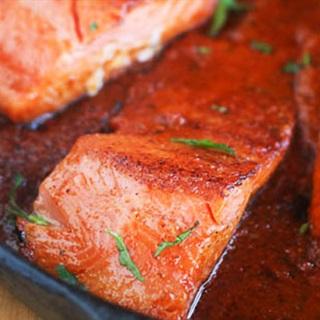 Cách làm Cá Hồi Sốt Cà Chua thơm ngon cho bữa cơm chiều
