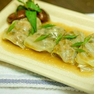 Cách làm bắp cải cuộn thịt sốt nấm