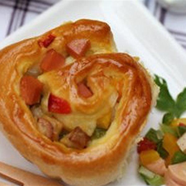 Các món ăn ngon chế biến từ xúc xích - Hotdog