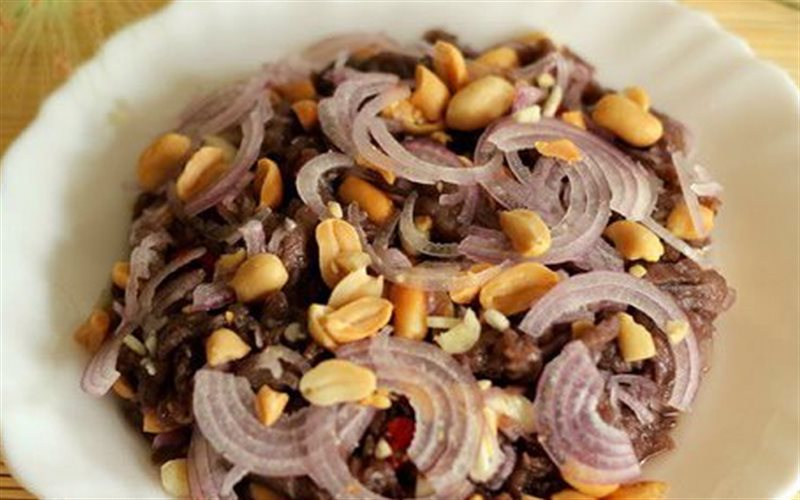 Cách làm Thịt Bò Tái Chanh chua ngọt, hấp dẫn cho cả nhà