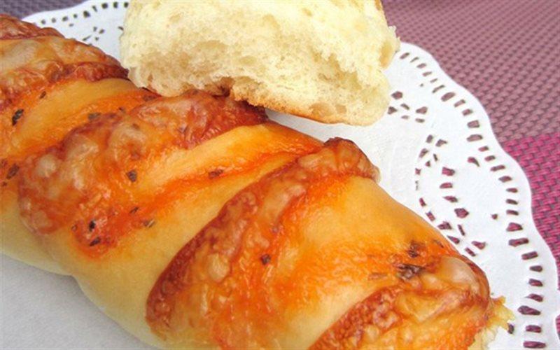 Cách Làm Bánh Mì Mềm Phủ Sốt Mayonnaise Thơm Ngon