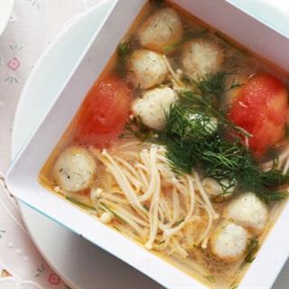 Cách Nấu Canh Chua Cá Viên Đơn Giản Cho Bữa Cơm