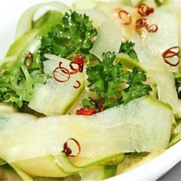Tổng hợp các cách làm salad dưa leo chua ngọt giòn chiêu đãi cả nhà
