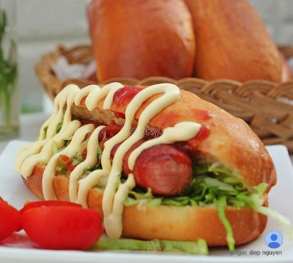 cách làm bánh mì hotdog