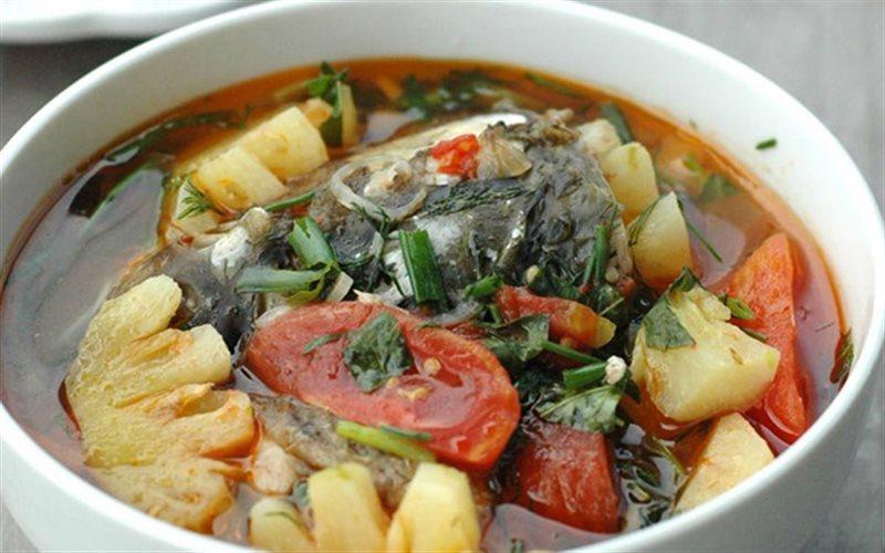 Canh cá nấu chua món ăn ưa thích trong những ngày hè nóng bỏng