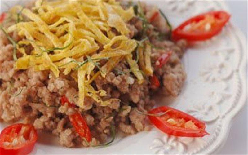 Cách làm Thịt Heo Xào Lá Chanh đậm đà, thơm ngon cực kỳ