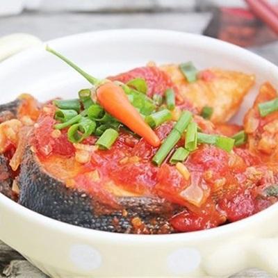 Thêm sốt cà chua cho món bắt miệng hơn