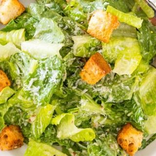 Salad bánh mì giảm cân