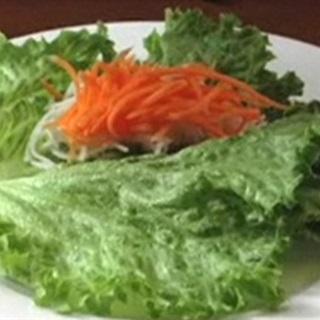 Cách Làm Salad Tôm Cuộn Hấp Dẫn Dễ Làm Mời Cả Nhà