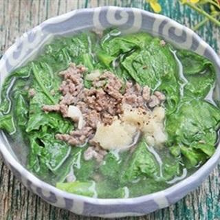 Cách nấu Canh Cải Thịt Bằm thơm ngon nóng hổi, cho ngày mưa