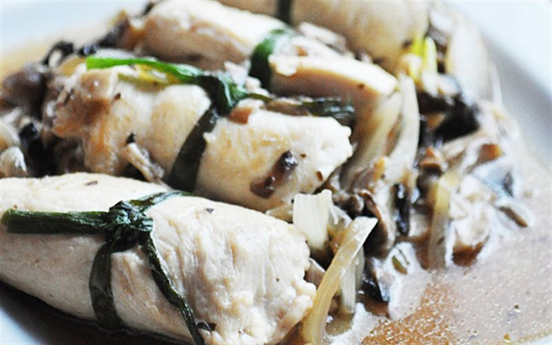 Cách làm Gà Cuộn Nấm thơm ngon, cho bữa cơm gia đình