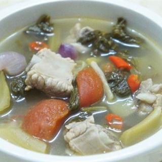 Cách làm Canh Dưa Chua Nấu Sườn ăn cùng chén cơm rất bắt