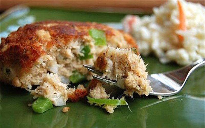 Cách làm Cá Hồi Viên Chiên đơn giản đổi mới cho bữa cơm